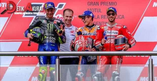 Jabat Tangan Marquez Dianggap Jebakan dari Rossi