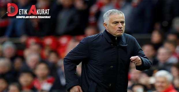 Ucapan Terakhir Mourinho Untuk Manchester United Bikin Terharu