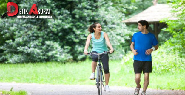 berjalan kaki , bersepeda, olahraga