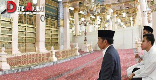 Iriana Jokowi Perempuan Pertama yang Diizinkan Masuk Makam Nabi Muhammad?