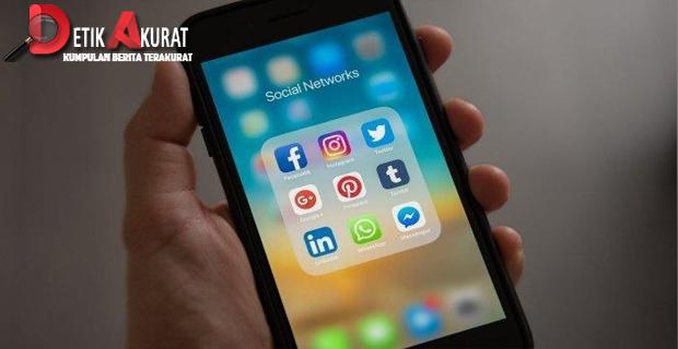 Sebentar Lagi WhatsApp Bisa Kirim Pesan ke FB Messenger dan Instagram   Artikel ini telah tayang di Tribunnews.com dengan judul Sebentar Lagi WhatsApp Bisa Kirim Pesan ke FB Messenger dan Instagram, http://www.tribunnews.com/techno/2019/05/05/sebentar-lagi-whatsapp-bisa-kirim-pesan-ke-fb-messenger-dan-instagram.  Editor: Fajar Anjungroso