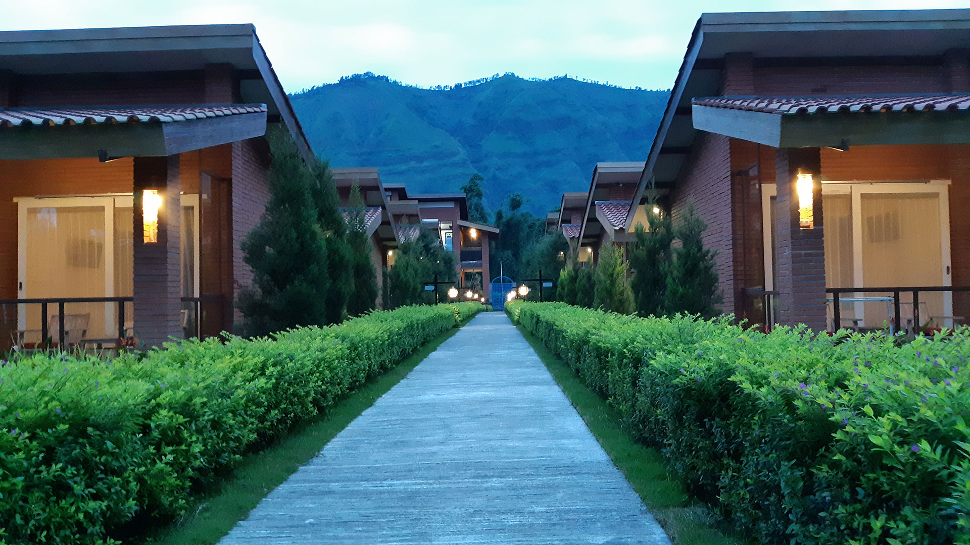 3. Bromo Terrace Hotel